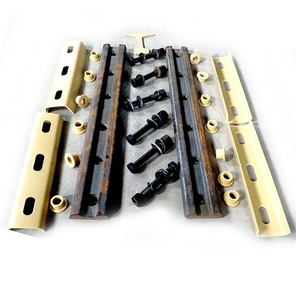 Rail fishplate with insulation set parts